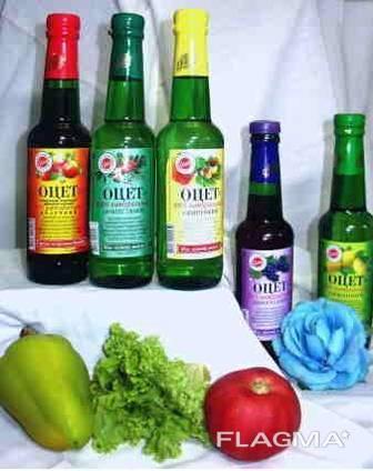 The manufacturer sells natural vinegar