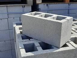 Вибропресс для пр-ва брущататки и строительных блоков